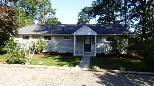 317 Lakeshore, Cassopolis, MI 49031 (MLS #18003571) :: JH Realty Partners
