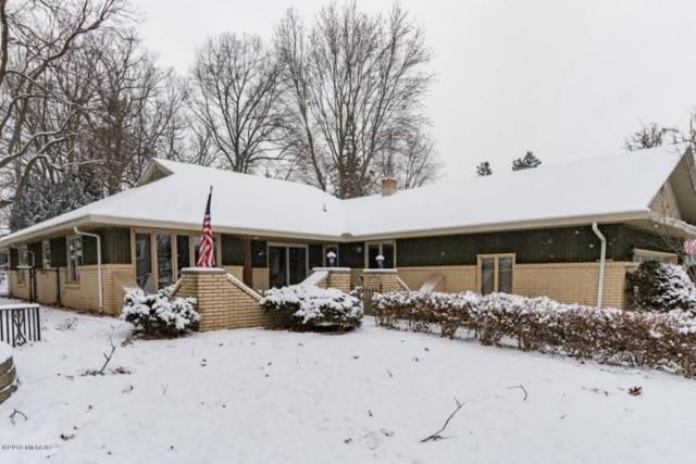 545 Sunrise Circle, Kalamazoo, MI 49009 (MLS #18004043) :: Matt Mulder Home Selling Team