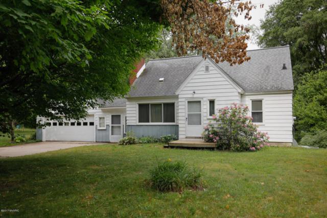 3989 N 3rd Street, Kalamazoo, MI 49009 (MLS #18004398) :: Matt Mulder Home Selling Team