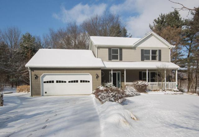 8345 N 35th Street, Richland, MI 49083 (MLS #18004462) :: Matt Mulder Home Selling Team