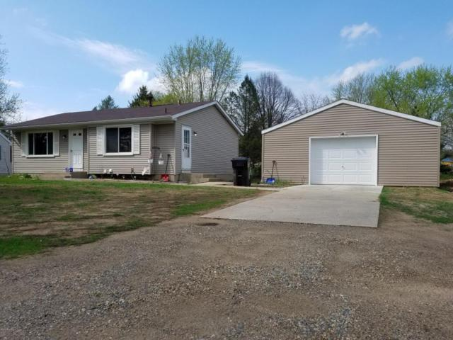 1229 103rd Street, Plainwell, MI 49080 (MLS #18004792) :: Matt Mulder Home Selling Team