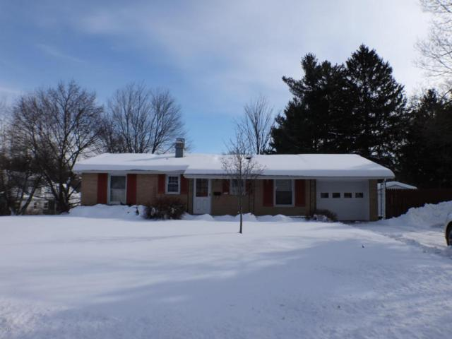733 Riverside Drive, Battle Creek, MI 49015 (MLS #18006005) :: Matt Mulder Home Selling Team