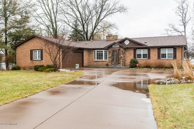 686 Country Club Drive, Battle Creek, MI 49015 (MLS #18006080) :: Matt Mulder Home Selling Team