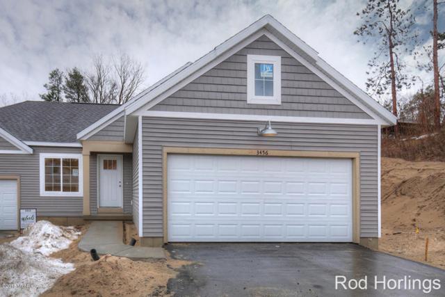3456 Devonwood Drive NE #4, Grand Rapids, MI 49525 (MLS #18006176) :: Carlson Realtors & Development