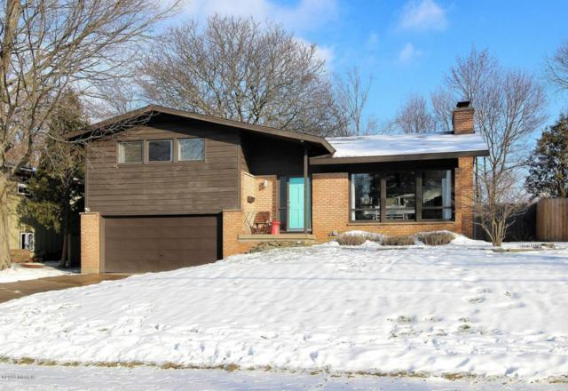 2211 Heather Street SE, Grand Rapids, MI 49506 (MLS #18006265) :: Carlson Realtors & Development