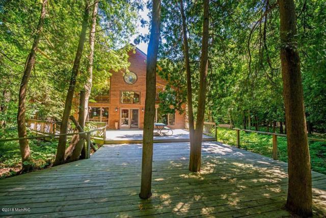 3823 N Anderson Road, Ludington, MI 49431 (MLS #18007502) :: Matt Mulder Home Selling Team