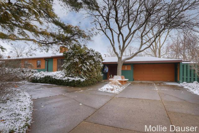 4032 Lindberg Avenue NE, Grand Rapids, MI 49525 (MLS #18008401) :: JH Realty Partners