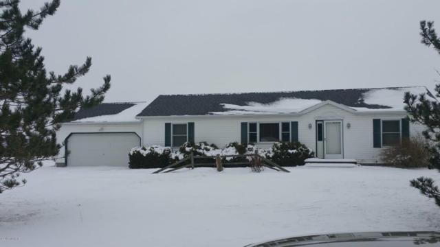 2886 S Meadowlark, Mount Pleasant, MI 48858 (MLS #18008557) :: 42 North Realty Group