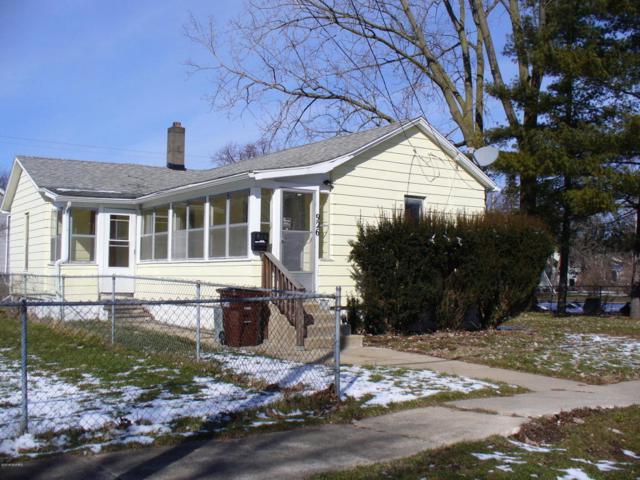 926 George Street, Jackson, MI 49202 (MLS #18008894) :: Deb Stevenson Group - Greenridge Realty