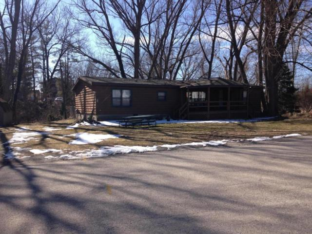 319 5th, Pentwater, MI 49449 (MLS #18010248) :: JH Realty Partners