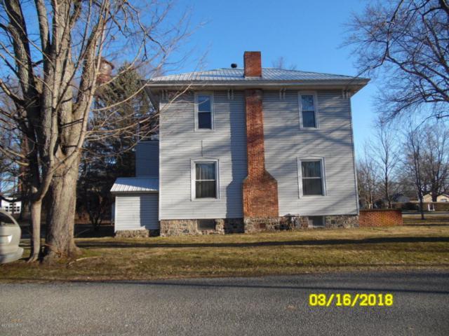 442 Maple Street, Colon, MI 49040 (MLS #18010378) :: Deb Stevenson Group - Greenridge Realty