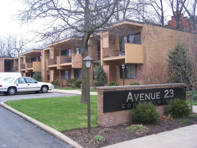 23 College Avenue SE #4, Grand Rapids, MI 49503 (MLS #18010423) :: JH Realty Partners