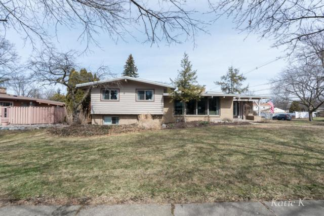 2615 Hampshire Boulevard SE, East Grand Rapids, MI 49506 (MLS #18010771) :: JH Realty Partners