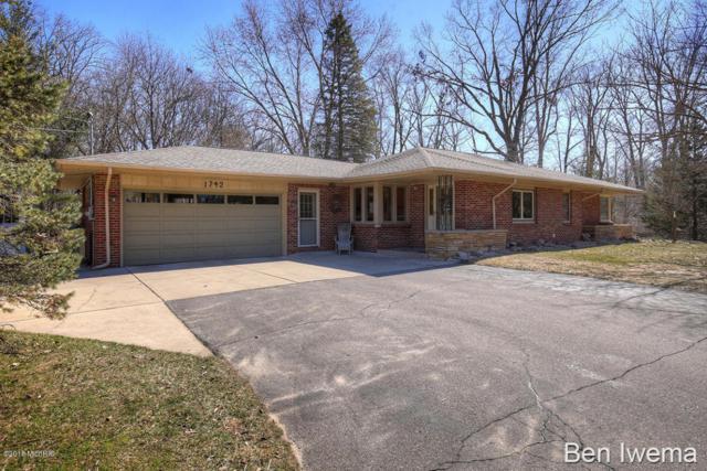 1742 Derbyshire SE, Grand Rapids, MI 49508 (MLS #18011118) :: JH Realty Partners