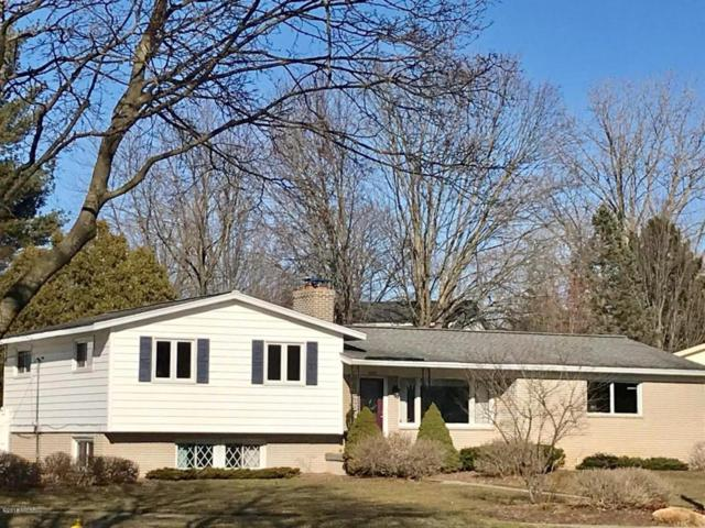 1250 Walwood Drive NE, Grand Rapids, MI 49505 (MLS #18011162) :: JH Realty Partners