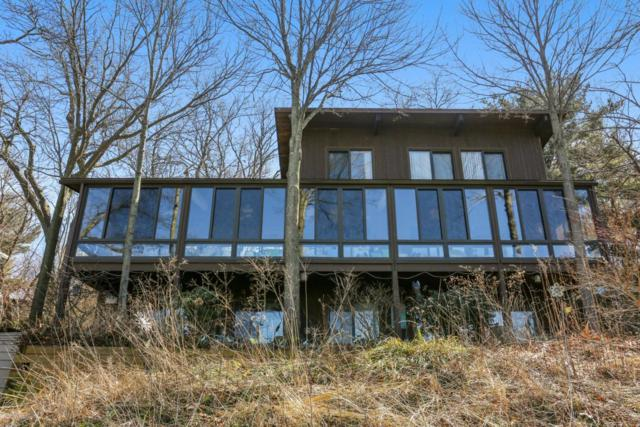 527 E Lake Front Drive, Beverly Shores, IN 46301 (MLS #18011324) :: 42 North Realty Group
