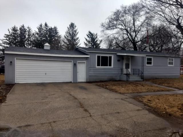111 6th Street, Lakeview, MI 48850 (MLS #18011702) :: Deb Stevenson Group - Greenridge Realty