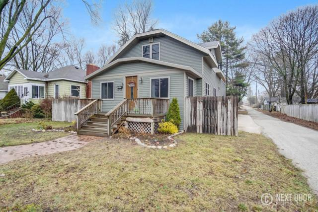 208 N Franklin Street, Ludington, MI 49431 (MLS #18011913) :: Deb Stevenson Group - Greenridge Realty