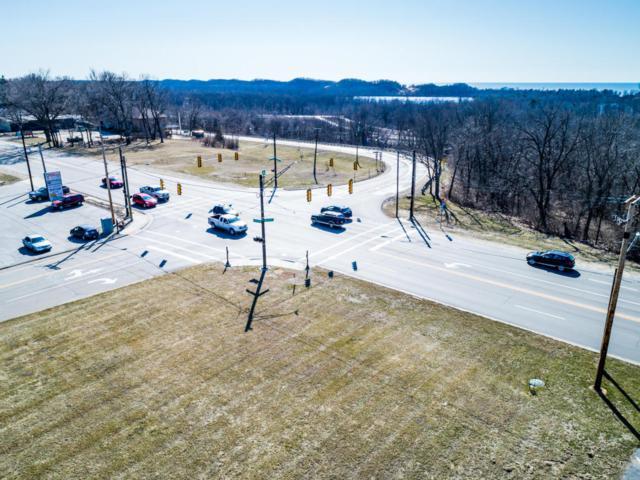 5718 Red Arrow Highway, Stevensville, MI 49127 (MLS #18011930) :: JH Realty Partners