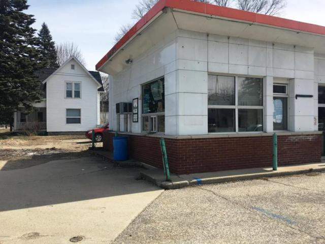 702 S Chestnut Street, Reed City, MI 49677 (MLS #18012240) :: 42 North Realty Group