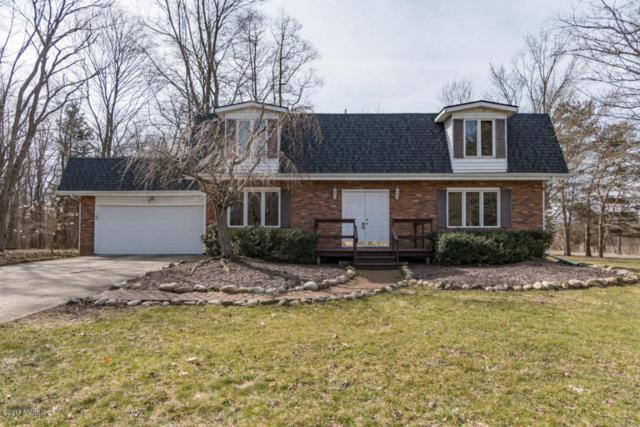 8106 Lake Vista Drive, Richland, MI 49083 (MLS #18012735) :: Matt Mulder Home Selling Team