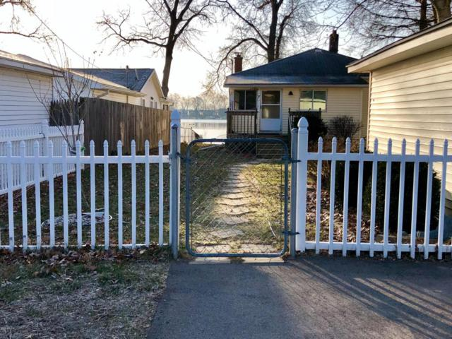 8055-W W Long Lake Drive, Kalamazoo, MI 49048 (MLS #18012843) :: JH Realty Partners