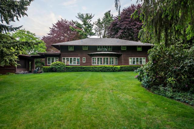 2800 S Lakeshore Drive, St. Joseph, MI 49085 (MLS #18012965) :: Carlson Realtors & Development