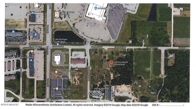1749 E Mt Garfield Road, Muskegon, MI 49444 (MLS #18013032) :: JH Realty Partners