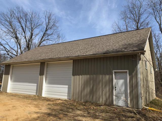 7533 E H Avenue, Kalamazoo, MI 49048 (MLS #18013209) :: Carlson Realtors & Development
