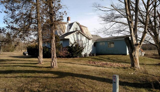 1082 129th, Shelbyville, MI 49344 (MLS #18013459) :: Deb Stevenson Group - Greenridge Realty