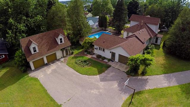 8195 5th Street, Onekama, MI 49675 (MLS #18013469) :: Deb Stevenson Group - Greenridge Realty