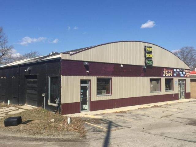 1372 S State, Ionia, MI 48846 (MLS #18013882) :: JH Realty Partners