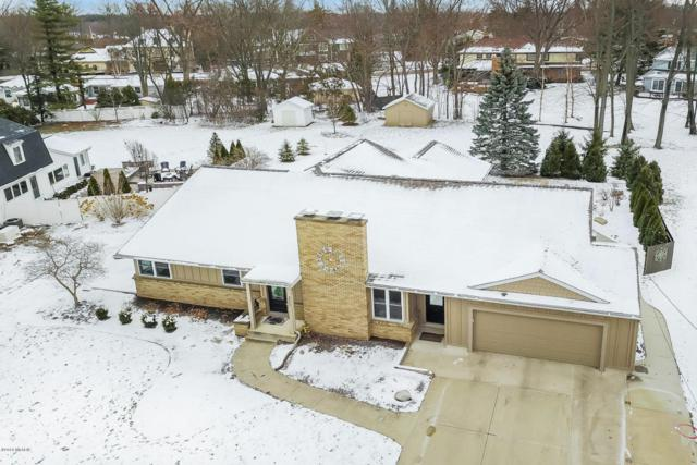 3025 Woodcliff Circle SE, East Grand Rapids, MI 49506 (MLS #18013925) :: 42 North Realty Group