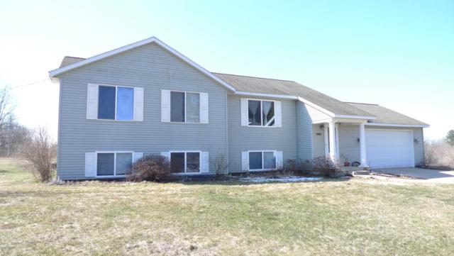 1960 18 Mile Road NE, Cedar Springs, MI 49319 (MLS #18014225) :: JH Realty Partners