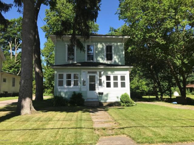 420 S O'keefe Street, Cassopolis, MI 49031 (MLS #18014480) :: JH Realty Partners
