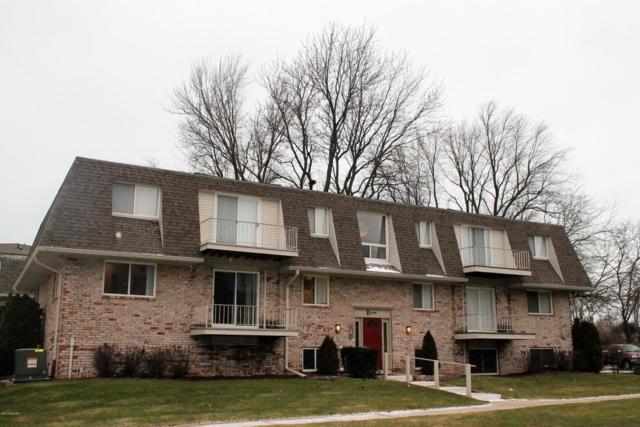 3608 Lake Shore Drive B2, St. Joseph, MI 49085 (MLS #18015123) :: JH Realty Partners