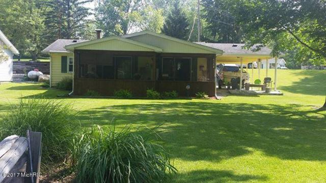 3340 Totem Trail, Reading, MI 49274 (MLS #18015133) :: Deb Stevenson Group - Greenridge Realty