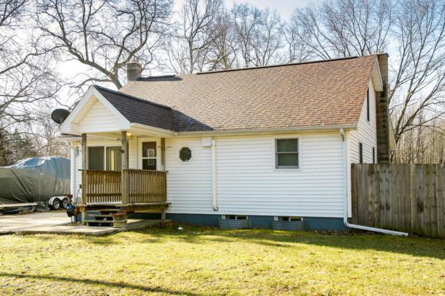 1782 104th Avenue, Otsego, MI 49078 (MLS #18015181) :: JH Realty Partners