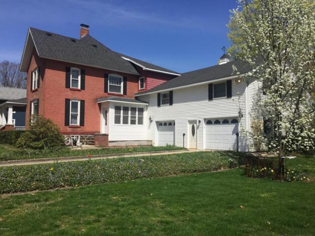 529 Maple Street, Colon, MI 49040 (MLS #18015560) :: Deb Stevenson Group - Greenridge Realty