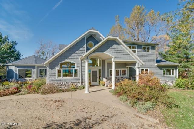 4014 Evergreen Lane, Benton Harbor, MI 49022 (MLS #18015630) :: JH Realty Partners