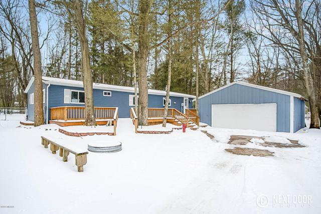 541 N Morris Street, Pentwater, MI 49449 (MLS #18015821) :: Deb Stevenson Group - Greenridge Realty