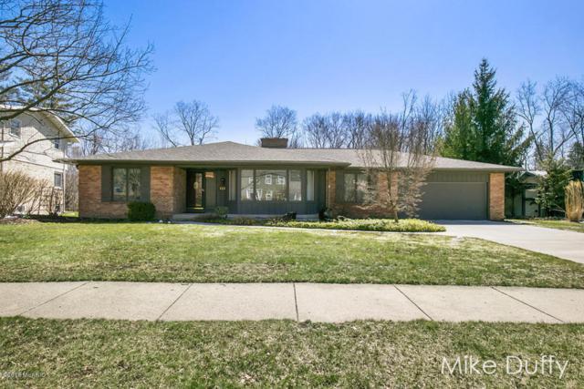 2220 Glen Echo Drive SE, Grand Rapids, MI 49546 (MLS #18015860) :: JH Realty Partners