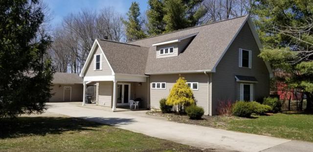 30916 White Oak Drive, Bangor, MI 49013 (MLS #18015884) :: Deb Stevenson Group - Greenridge Realty