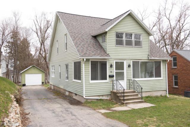 30 Crescent, Kalamazoo, MI 49001 (MLS #18015890) :: Carlson Realtors & Development