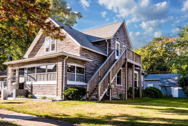 923 Wisconsin Avenue, St. Joseph, MI 49085 (MLS #18015903) :: JH Realty Partners