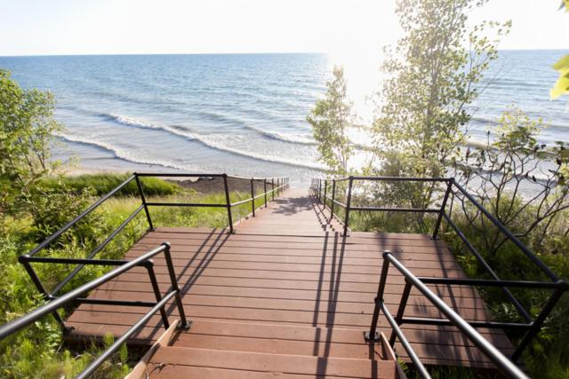684 Waters Edge Drive #14, South Haven, MI 49090 (MLS #18015906) :: JH Realty Partners