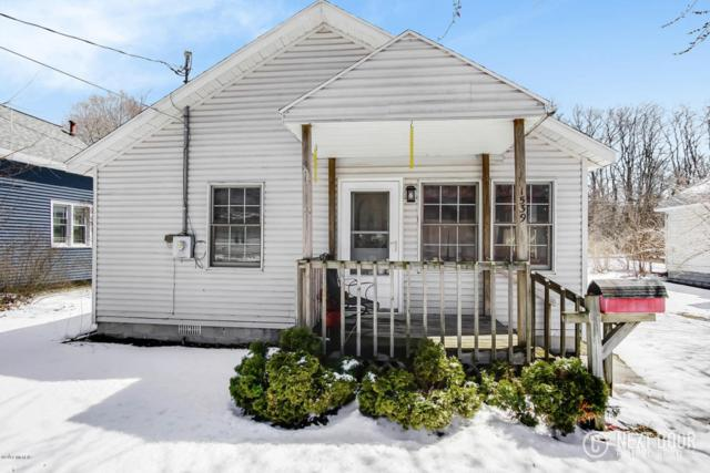 1539 Montgomery Avenue, Muskegon, MI 49441 (MLS #18015978) :: JH Realty Partners