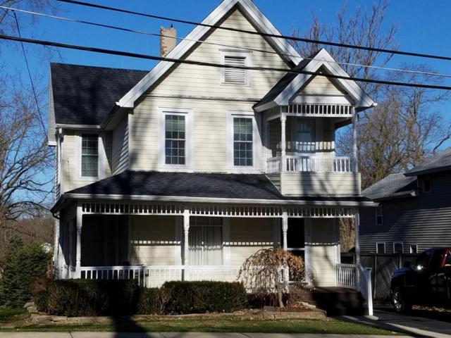 44 S West Street, Hillsdale, MI 49242 (MLS #18016058) :: JH Realty Partners