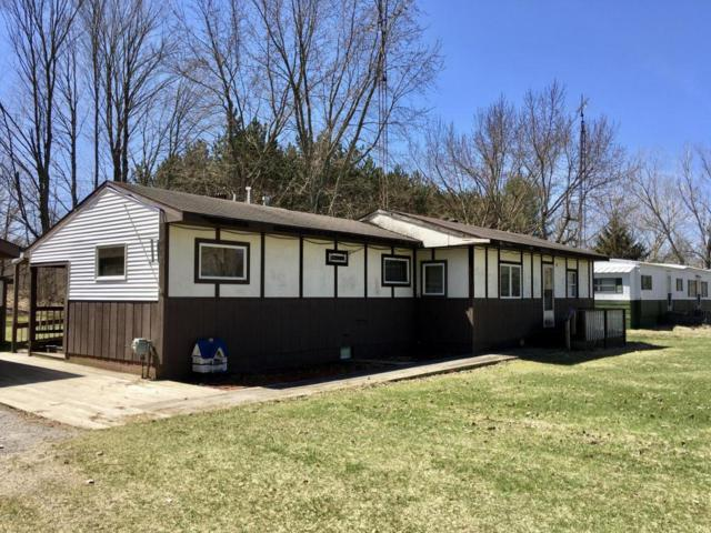59581 Jerrdean Drive, Hartford, MI 49057 (MLS #18016132) :: Deb Stevenson Group - Greenridge Realty