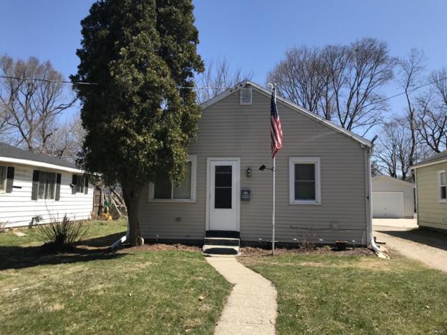 1908 Massachusetts Avenue, Lansing, MI 48906 (MLS #18016229) :: Carlson Realtors & Development